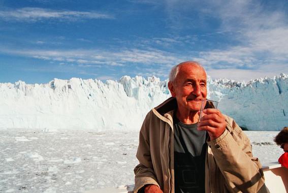 El-hombre-que-conto-la-historia-del-hielo_image_380