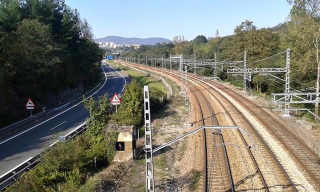 Infraestructuras de comunicaciones en las proximidades de Oviedo (Asturias)